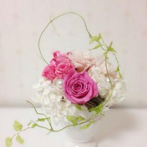 プリザーブドフラワーの花びらが透明になった