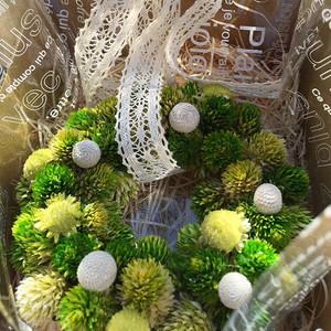 プリザーブドフラワー壁掛け クリスマス リース プレゼント 誕生日 グリーングリーン lpm0037
