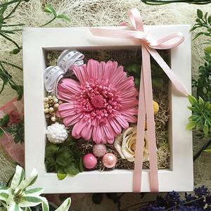 プリザーブドフラワー ガーベラ 壁掛け フレーム プレゼント ピンク ミニフレーム ギフト lpm0060