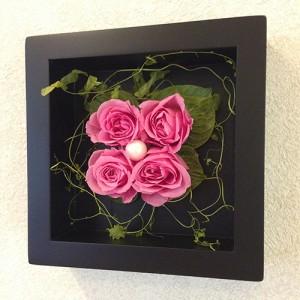 プリザーブドフラワーの壁掛けフレームピンクはお部屋のインテリアに、贈り物/送料無料 lpm0020